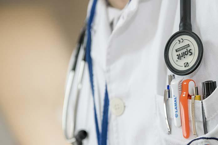 Czym zajmuje się chirurg ogólny?